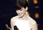 """Anne Hathaway ganha o prêmio de melhor atriz coadjuvante por """"Os Miseráveis"""" - Getty Images"""