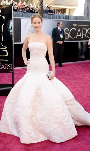 Jennifer Lawrence é eleita uma das mais bem vestidas do Oscar 2013
