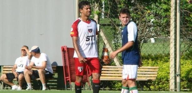 Wallyson participa de jogo do São Paulo contra a Lusa