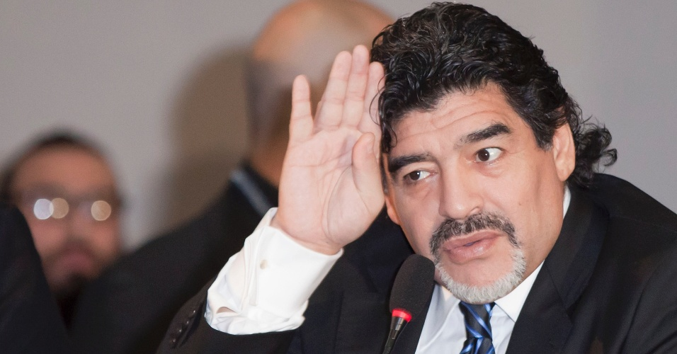 26.fev.2013 - Maradona declarou ser inocente das acusações de sonegação fiscal na Itália