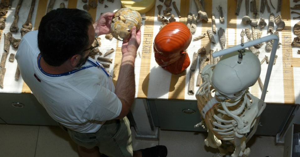10.mar.2005 - Antropólogo da USP