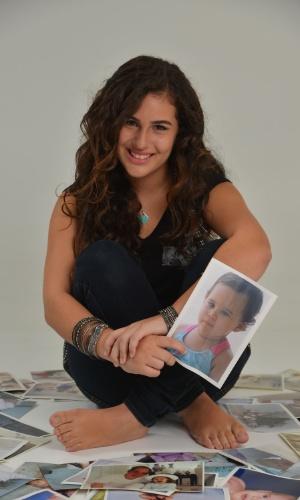 """28.fev.2013 - Lívian Aragão posou com exclusividade para o UOL no estúdio de sua mãe, Lílian, localizado na Barra da Tijuca, zona oeste do Rio. Aos 13 anos, a adolescente se prepara para estrear na novela """"Flor do Caribe"""""""