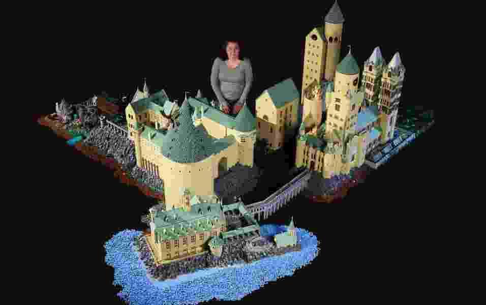 Fã da saga Harry Potter, Alice Finch reproduziu o castelo e detalhes de Hogwarts com 400 mil peças - Bippity Bricks/Flickr