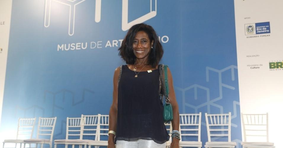 1/3/2013 - Glória Maria na cerimônia de inauguração do Museu de Arte do Rio (MAR), na Praça Mauá, no centro do Rio de Janeiro