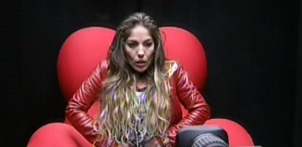 1º.mar.2013 - Anamara votou na Kamilla por conta das atitudes que a incomodavam na sister, dizendo que ela era egoísta e disse não saber quem verdadeiramente a sister é