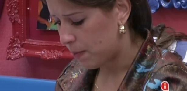 1º.mar.2013 - Andressa também chora ao conversar com Fernanda