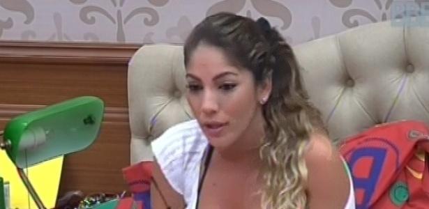 1°.março.2013 - Anamara conversa com Fani sobre o seu condicionamento físico, nesta manhã