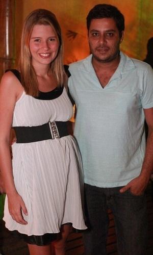 28.fev.2013 - Debby Lagranha e o noivo Leandro