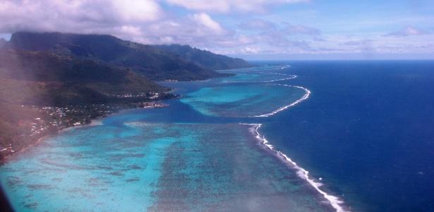 Vista aérea da ilha de Moorea, na Polinésia Francesa