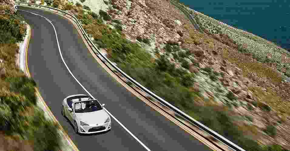 Toyota FT-86 Open Concept - Divulgação