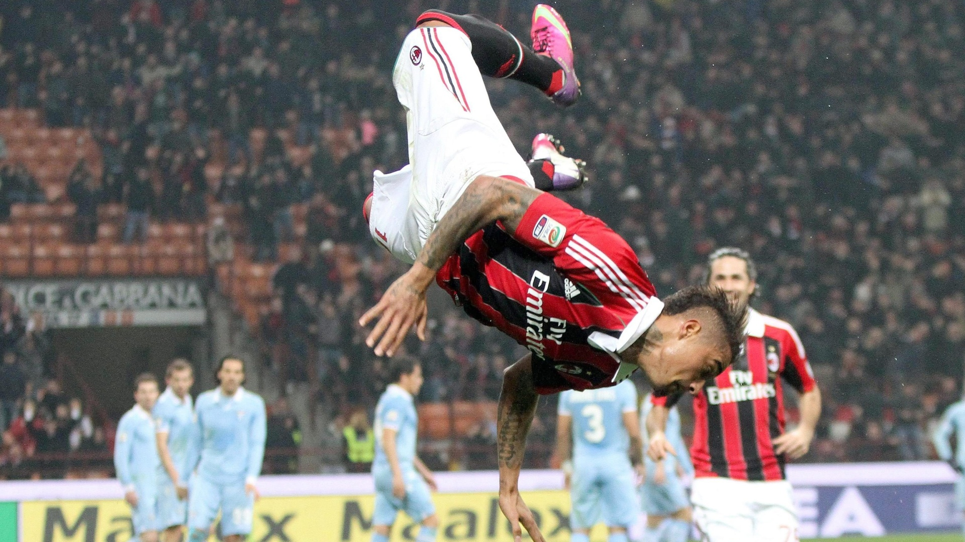Boateng (foto) e Pazzini marcaram os gols do Milan no clássico contra Lazio