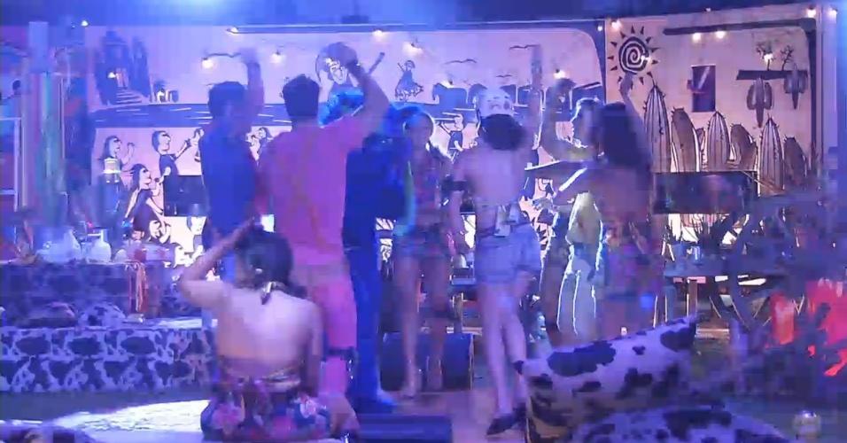 """2.mar.2013 - Brothers dançam ao som de """"Gangnam Style"""""""