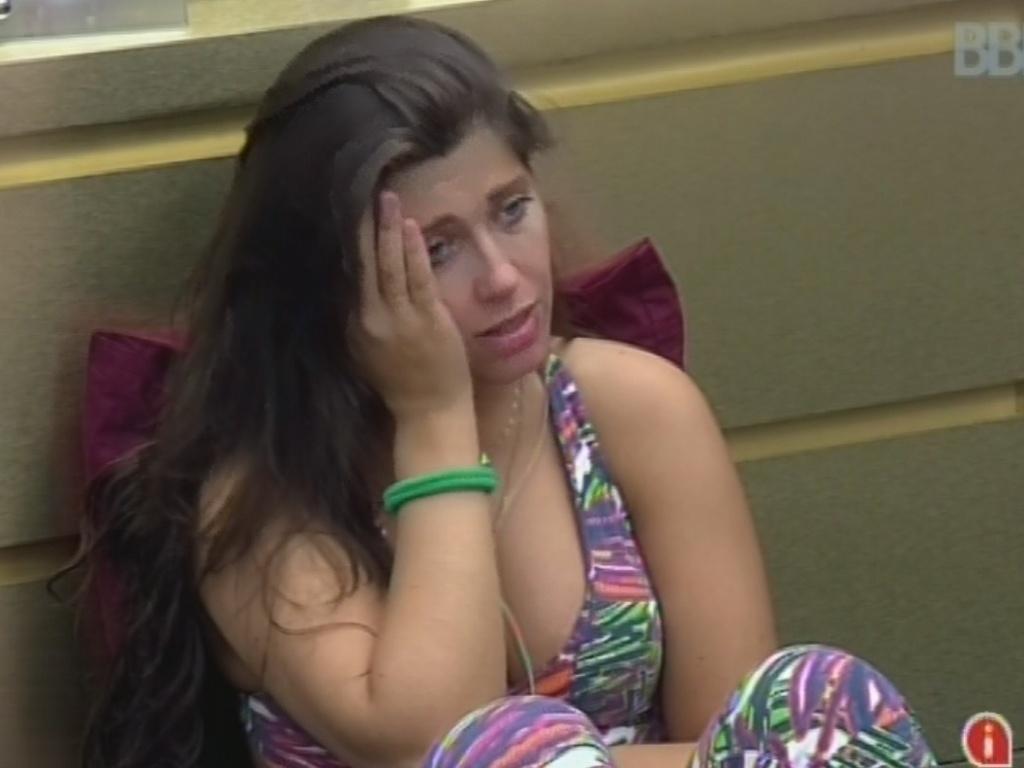 3.mar.2013 - Andressa discute com Nasser no quarto do líder