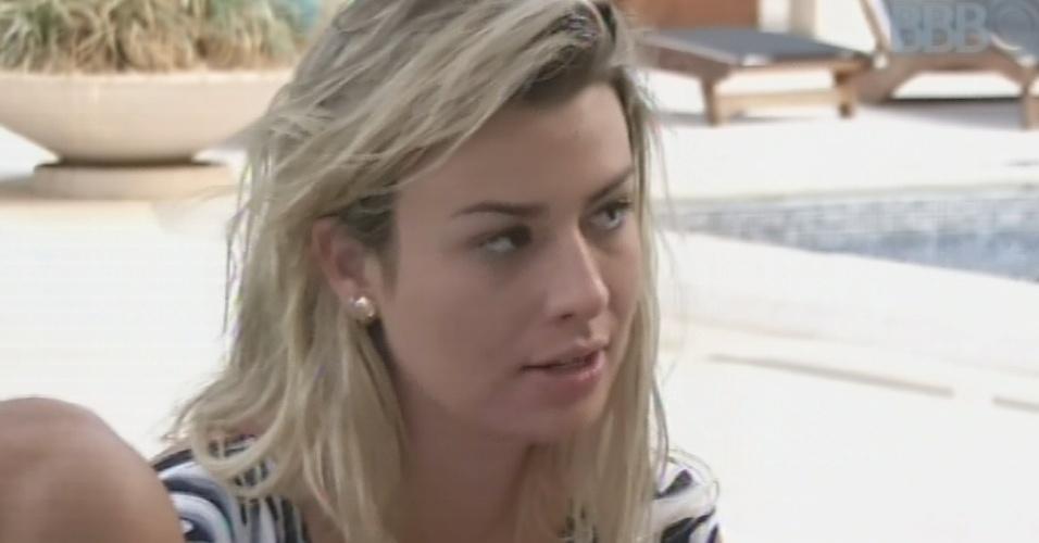 3.mar.2013 - Fernanda procura Mracello para perguntar como brother se sentia após passar mal em festa