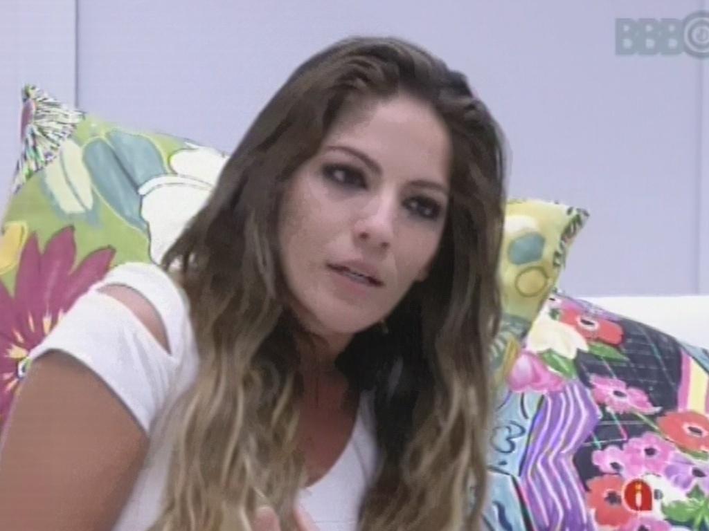 3.mar.2013 - Anamara discute com Fernanda após formação do nono paredão do