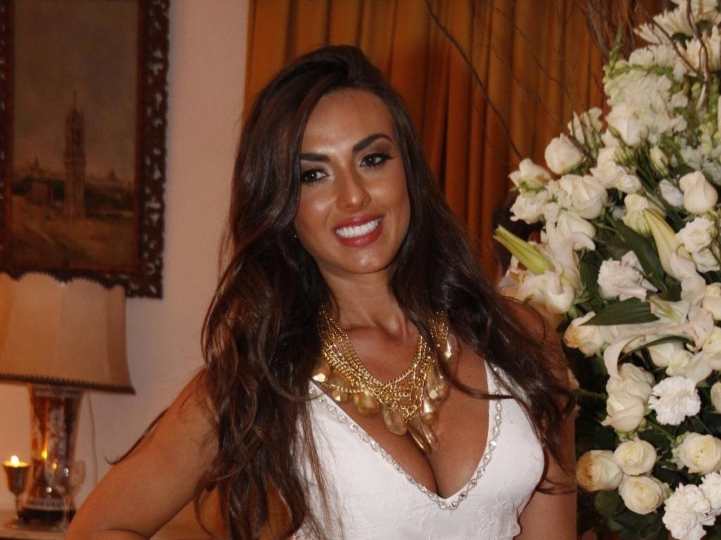 4.mar.2013 - A ex-panicat Nicole Bahls