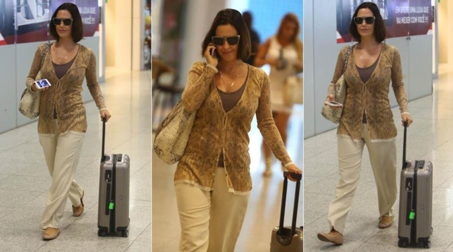 4.mar.2013 - Grávida de três meses, Guilhermina Guinle é fotografada em aeroporto no Rio