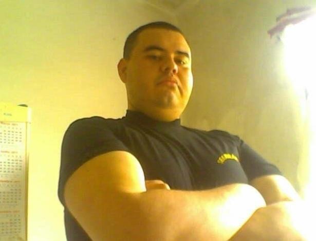4.mar.2013 - Rodrigo Taugen Saira, 29, que era segurança da boate Kiss em Santa Maria (RS) morreu na noite do domingo (10 de fevereiro) no Hospital Cristo Redentor, em Porto Alegre, após ter duas paradas cardíacas. Taugen estava internado desde 27 de janeiro, dia em que ocorreu o incêndio na boate, e se tornou a 239ª vítima da tragédia
