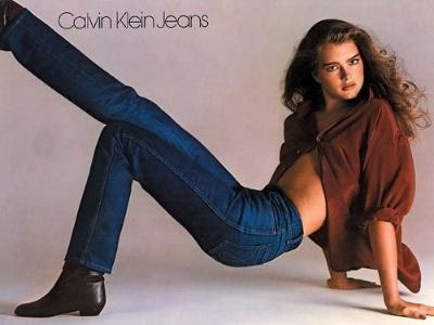 Brooke Shields ?vendia? calças da Calvin Klein antes de se tornar atriz