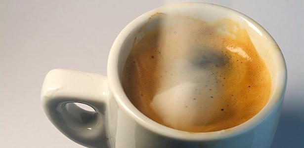 Cerca de 97% dos brasileiros, acima dos 15 anos, consomem café diariamente - Thinkstock