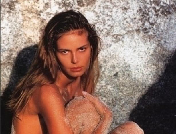 """Fernanda Lima durante trabalho como modelo. Depois de """"cair na areia"""", ela virou apresentadora e atriz"""
