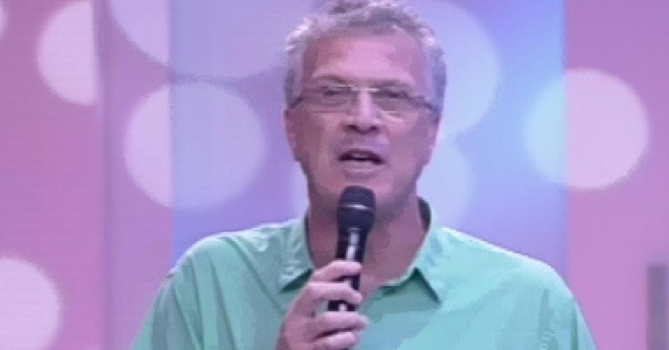 """5.mar.2013 - Pedro Bial apresenta a nona eliminação do """"BBB13"""""""