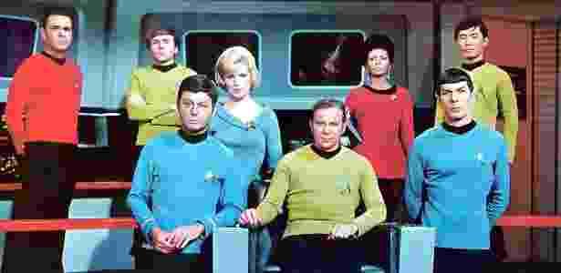 """Elenco da terceira temporada da série de ficção científica """"Star Trek"""", nos anos 60 - Divulgação"""