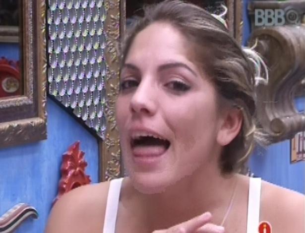 Anamara diz para Fani que sente que será eliminada nesta terça (5)