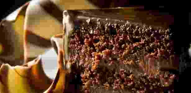 Todo edulcorante artificial, se consumido em excesso e em longo prazo, pode propiciar algum dano para a saúde, principalmente quando relacionado com o uso abusivo de alimentos industrializados - Letícia Moreira/Folhapress
