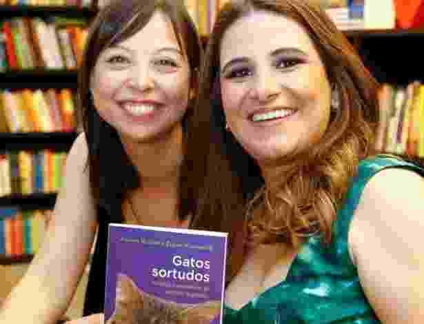 As jornalistas Juliana Bussab, 36, e Susan Yamamoto, 36, do Adote um Gatinho - Divulgação