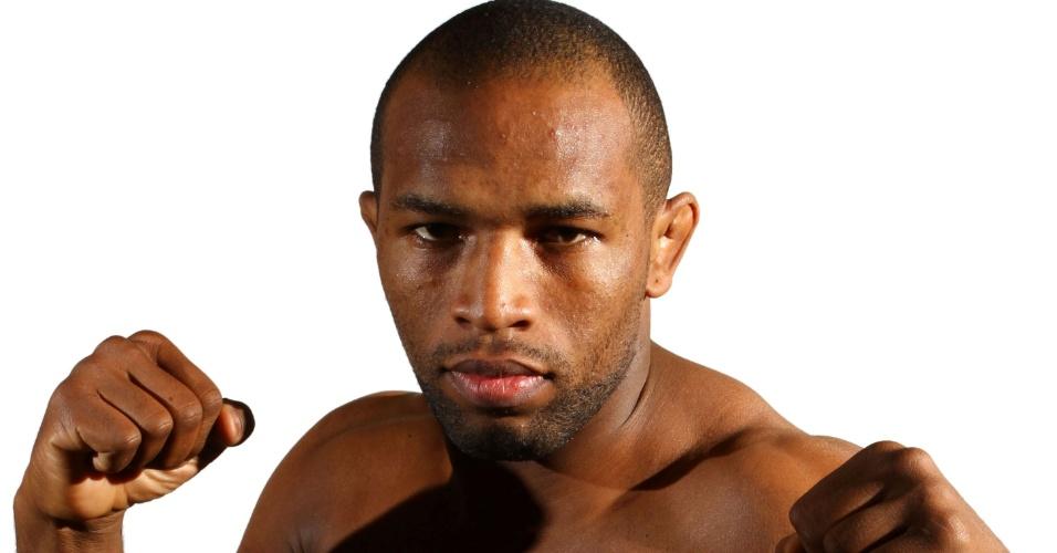 Leandro Silva, o Buscapé, tem 26 anos, 1,80 m e 81 kg. Nascido em São Paulo, está invicto com cinco vitórias