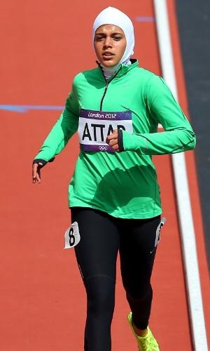 Sarah Attar ? atleta de 19 anos. Primeira mulher da Arábia Saudita a disputar uma prova de atletismo em Jogos Olímpicos. Ela correu por mais de 30 segundos sozinha pela pista de atletismo do Estádio Olímpico de Londres e foi a última colocada em sua bateria dos 800 m, mas a torcida a aplaudia entusiasmada pelo feito.