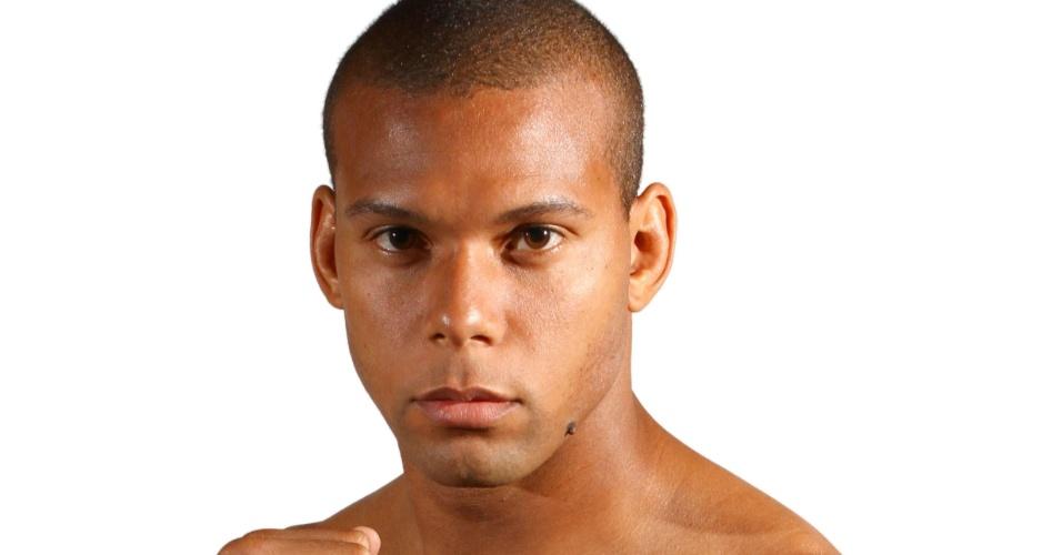 Thiago de Lima Santos, o Marreta, tem 29 anos, 1,84 m e 93 kg. Nascido no Rio de Janeiro, tem cartel de 8 vitórias e uma derrota