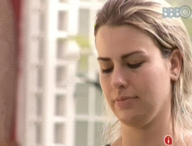 8.mar.2013 - Fernanda segue na disputa pela liderança na manhã desta sexta-feira