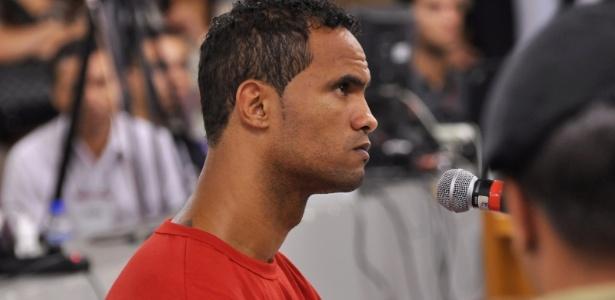 Bruno durante depoimento no Tribunal de Justiça de Contagem, em Minas Gerais, em 2013