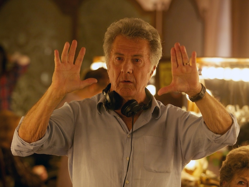 Diretor Dustin Hoffman coordena as filmagens de