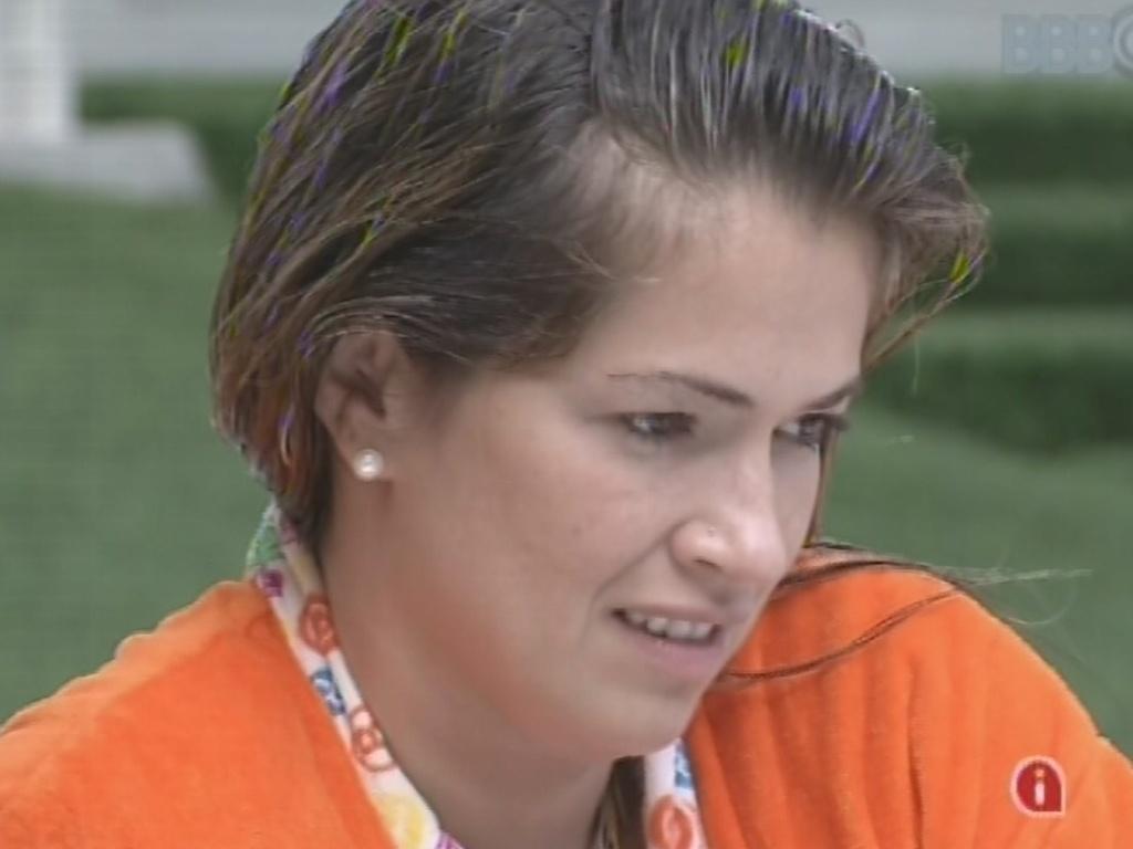 9.mar.2013 - Fani diz achar que não acontecerá nada entre ela e o argentino Miguel