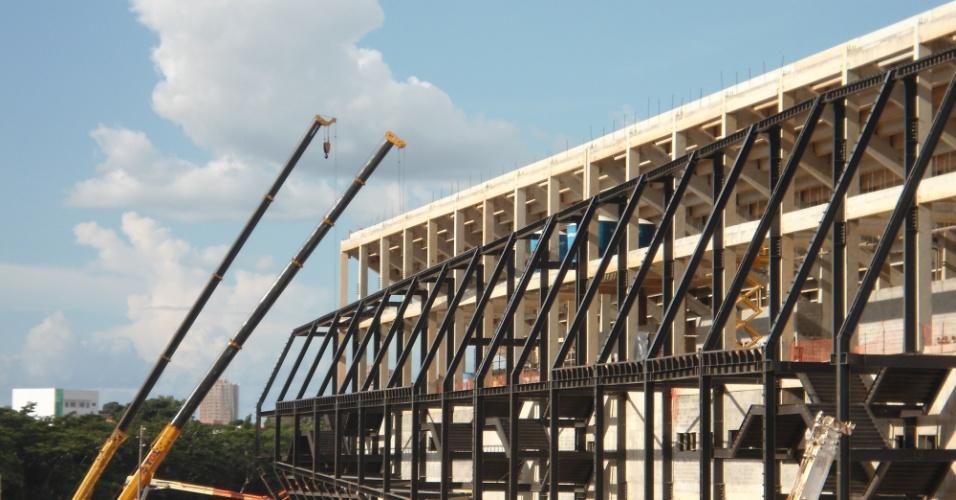 A Arena Pantanal em obras: ritmo de construção terá que ser triplicado para prazo ser cumprido