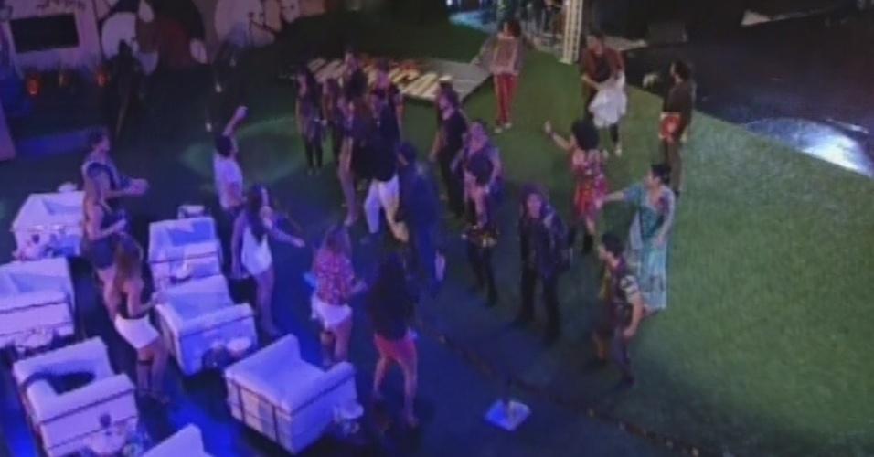 """11.mar.2013 - Elenco do espetáculo """"Rock In Rio - O Musical"""" se apresenta na casa do """"BBB13"""""""