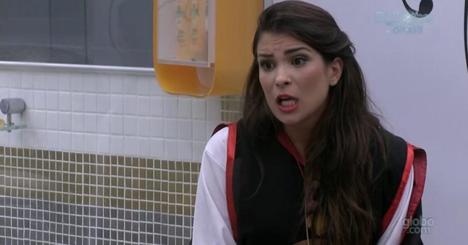 "11.mar.2013 - Kamilla para Fernanda: ""Você vai torcer só pra mim!"""