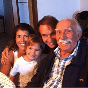 Emerson Fittipaldi e seu pai, Wilson Fittipaldi - Reprodução/Arquivo pessoal