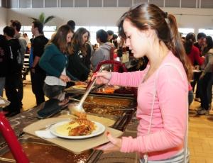Valterci Santos/UOL : Universidades públicas têm refeições a partir de R$ 0,50; veja restaurantes
