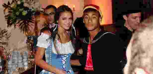 Marquezine e Neymar vão a festa fantasia que comemora os 30 anos de Thiaguinho - Manuela Scarpa / Foto Rio News