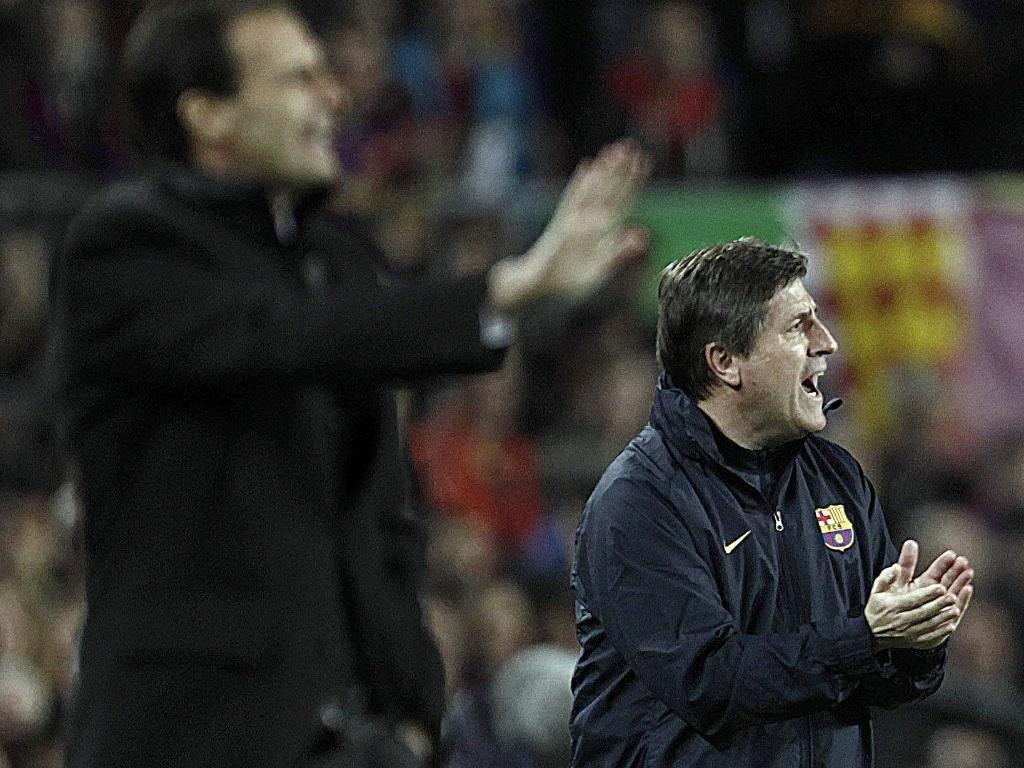 12.03.2013 - Técnicos orientam equipes de Barcelona e Milan durante duelo da Liga dos Campeões