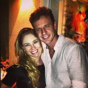 Juliana Baroni e o namorado, o empresário e escritor Eduardo Moreira, estão juntos há um mês