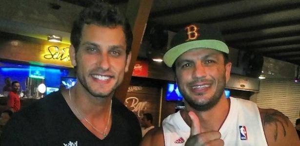 Eliéser e Kleber Bambam se reencontram em casa de shows no Rio de Janeiro