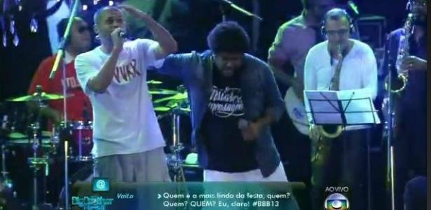 """MC Marechal (esq.) fez participação especial no show de Marquinho, OSócio no """"BBB13"""""""