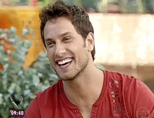 13.03.2013 - Eliéser fala sobre sua passagem durante o programa e o reencontro com Kamilla