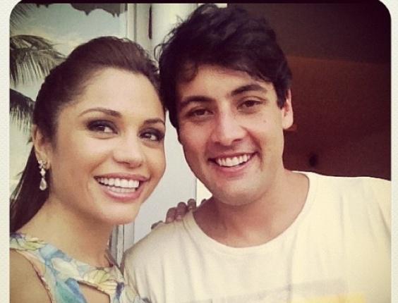 2.fev.2013- Maria Melilo e Bruno de Luca posam juntos