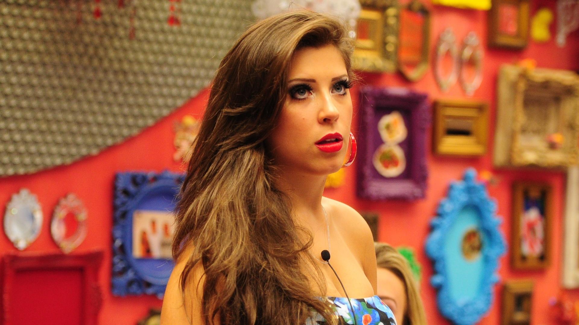 6.mar.2013 - Além do belo vestido, Andressa caprichou na maquiagem e ficou deslumbrante